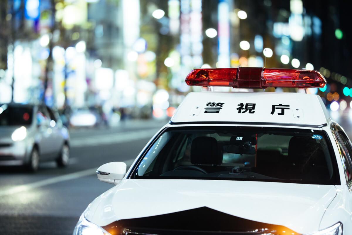 火災保険申請代行の水増し請求(違法行為)について捜査する警察